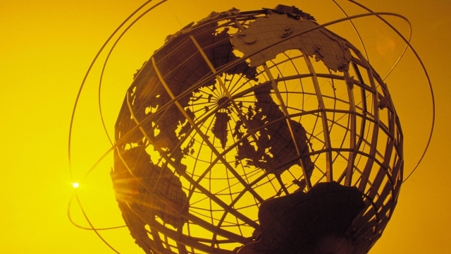 Sculpture of the Globe during the sunset
