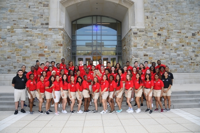 Group picture of orientation leaders