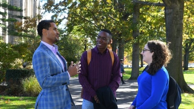 Sheldon Evans with law students