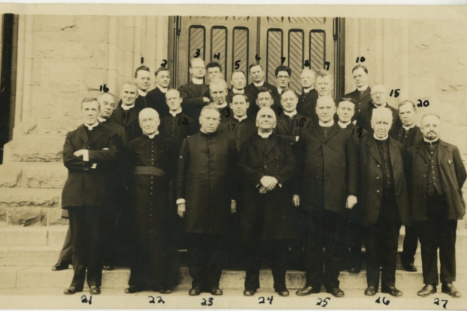 Photograph of St. John's College faculty, October 1, 1922
